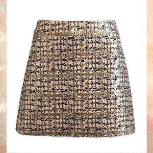 🍁 H&M Mini Skirt Gold Metallic Geometric Print